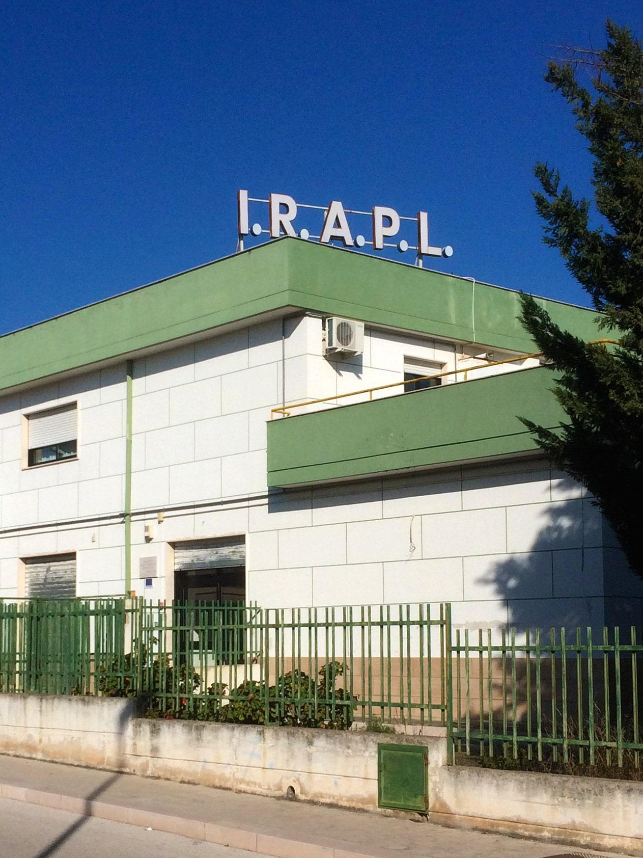 L IRAPL Ente di Formazione riconosciuto dalla Regione Puglia nella sua quarantennale attivit nel circuito della formazione professionale opera nell ambito